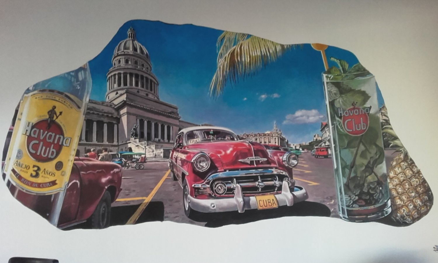 Mural of Havana painted for a cigar lounge