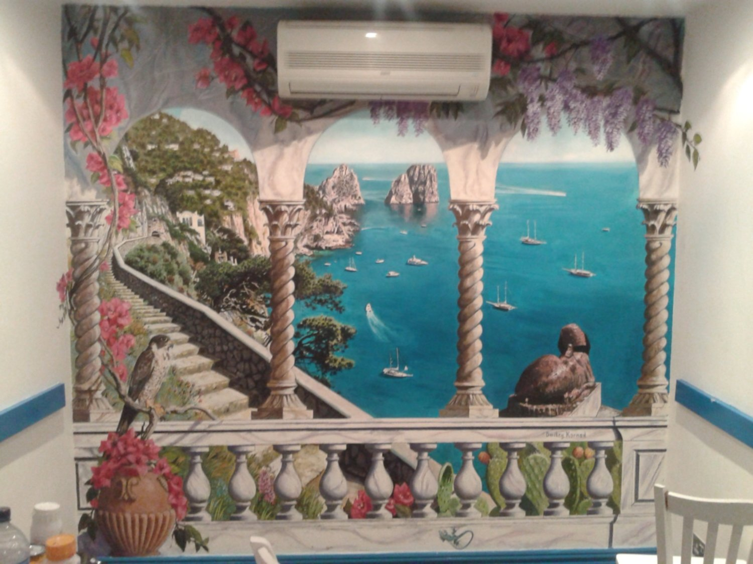Mural of Capri painted in the restaurant Capri